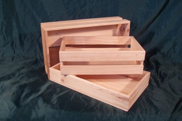 crates on a tray - Wooden Box